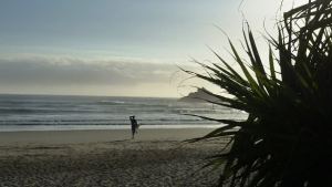 Chiro-Byron-Bay-Family-Chiropractic-Byron-Bay-Chiropractor-early-surf